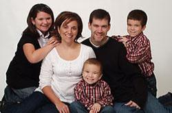 Kevin and Lisa (Mariano) Gwin and Family