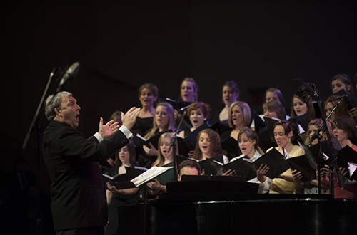 Cedarville hosts fine arts festival.