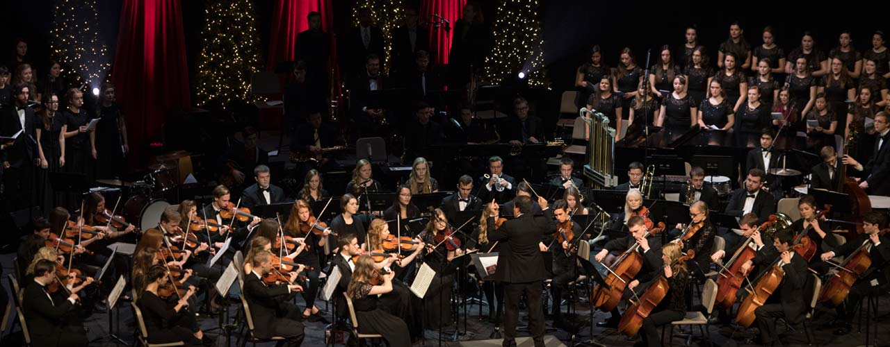 Community Christmas concert in action