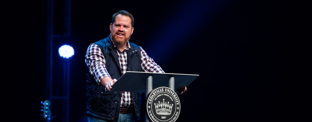 James Hilton speaking in chapel at Cedarville