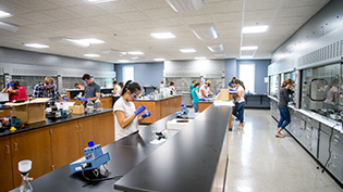 Students in Cedarville's state of the art lab