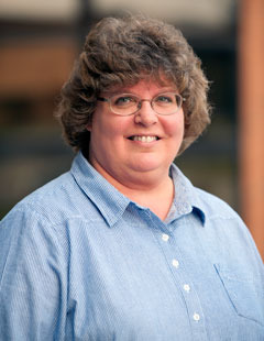 Photo of Linda Cave