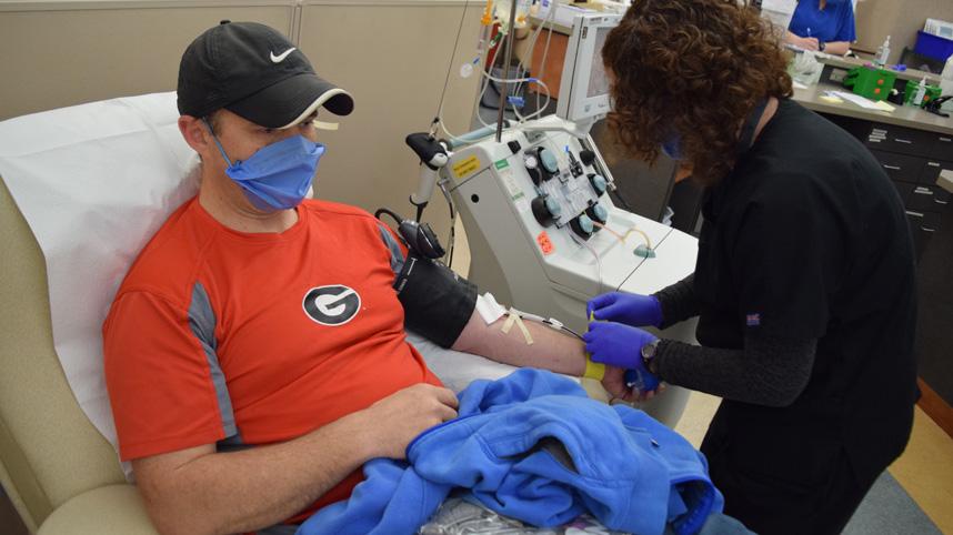 Steve Norris donating plasma