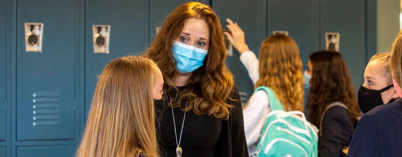 Rachel Reno and students