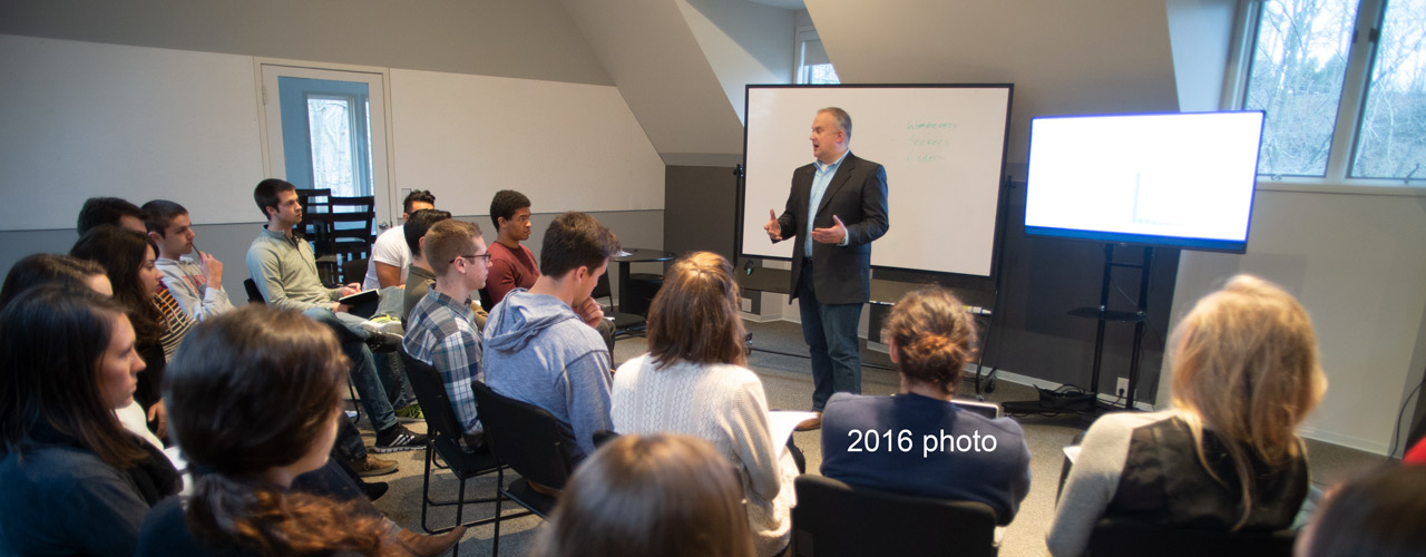 Jim Stevenson teaching at the International Center for Creativity