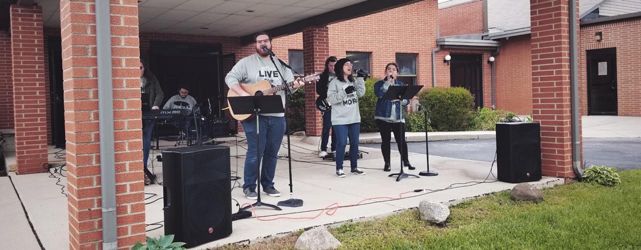 Brandon Slifer singing at Vandalia Baptist Temple