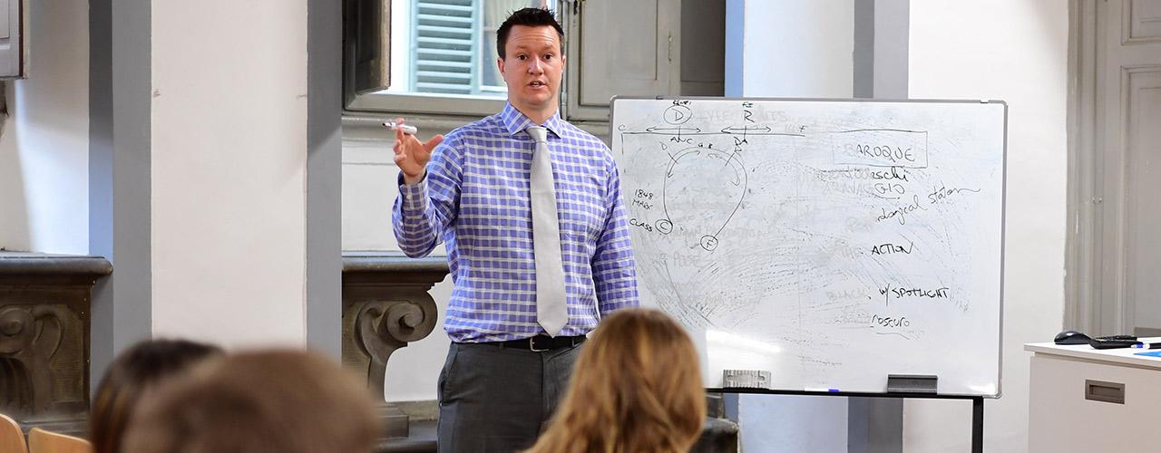 Dr. Glen Duerr teaching class
