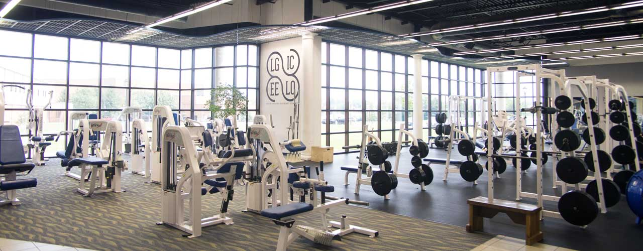 The weightlifting room at Cedarville