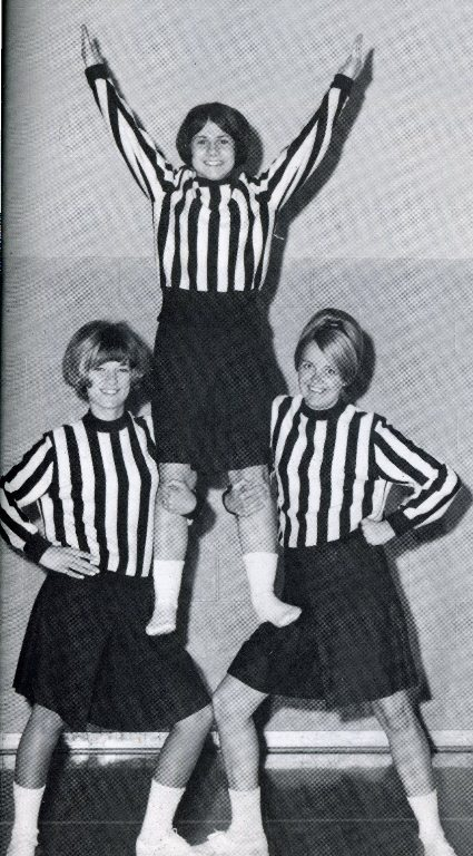 1968 cheerleaders at Cedarville College