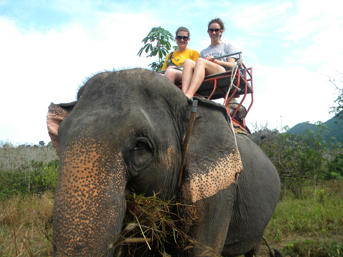 Kimberly Flynn '11 and Katelyn Tilli '11 in Koh Chang, Thailand